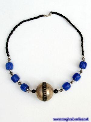 collier fantaisie bleu